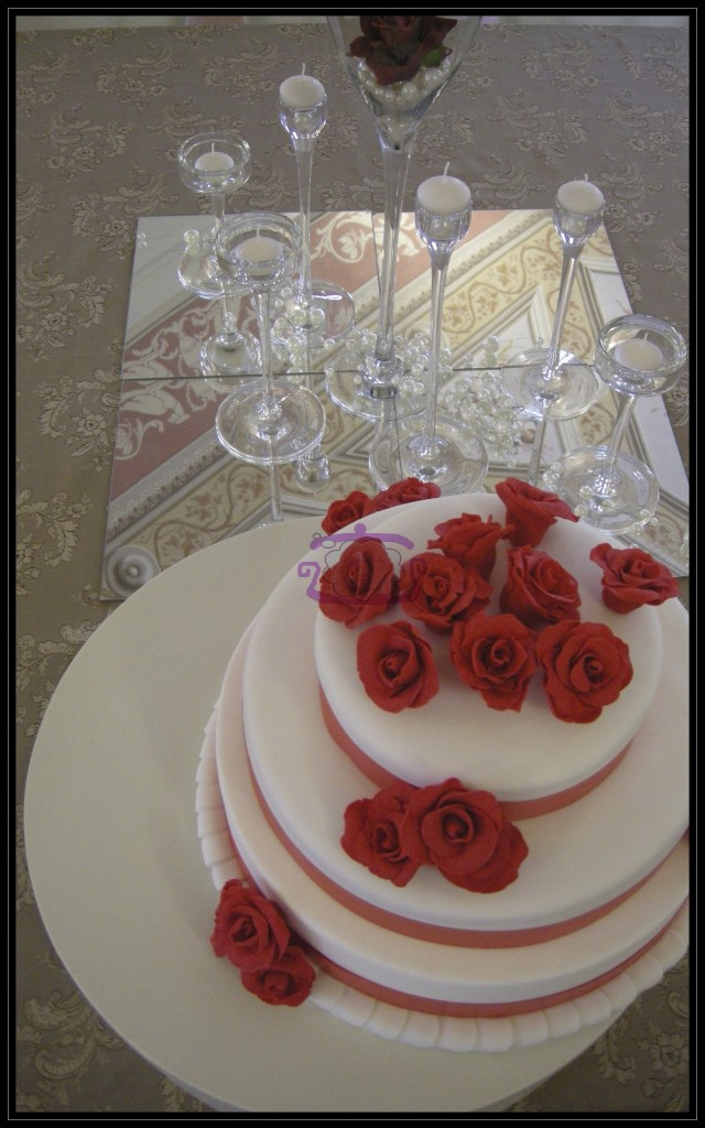 "Wedding cake ""Red rose"""