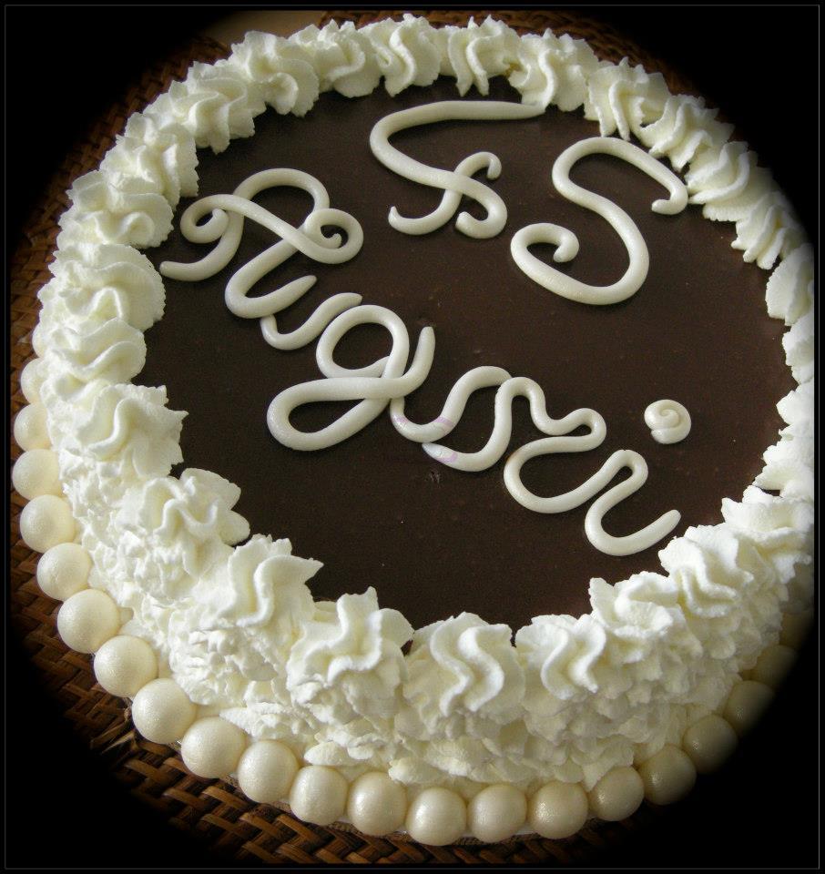 Torta Compleanno Nuvola Al Cioccolato La Pentola Dei