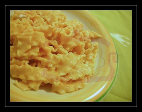 Mafaldine con crema di zucca e profumi dell'orto