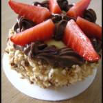 Cupcake glutenfree con crema alla vaniglia, Nutella e fragole fresche