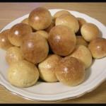 Soffici bocconcini di pane al latte