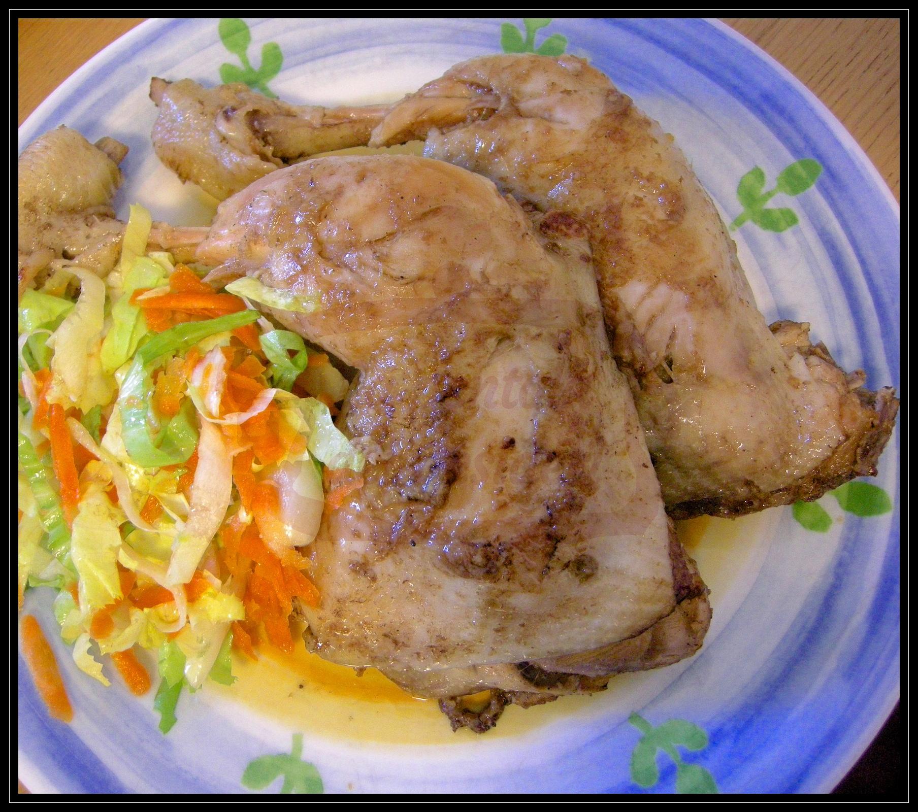 Pollo con mandorle e capperi sfumato all'aceto balsamico