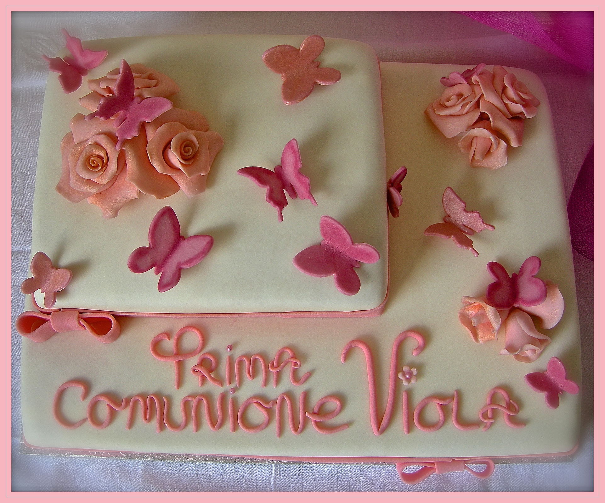 "Torta comunione:""Leggiadra mariposa"""