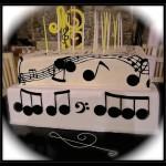 """Torta compleanno: """"18 anni suonati"""""""