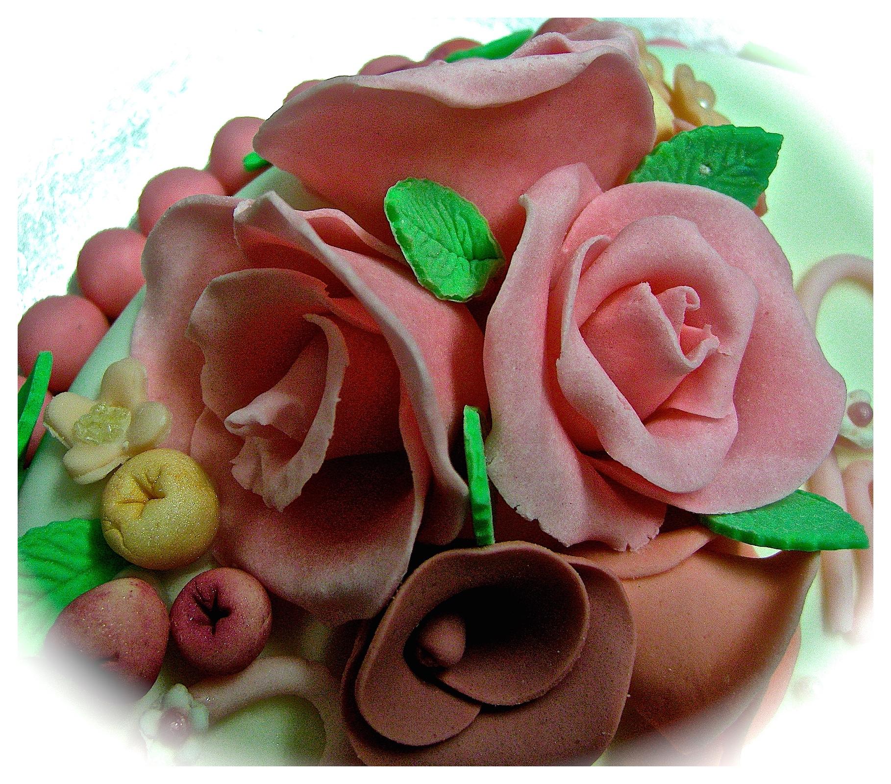 """Torta comunione: """"Fiori di maggio 2"""" (dettaglio decoro)"""