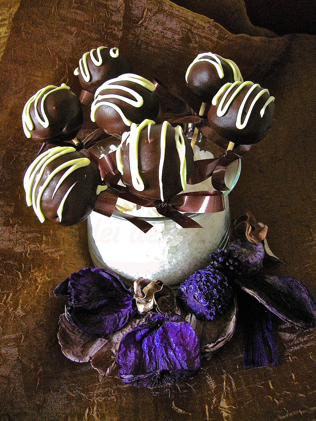 Cake pops alla nocciola black and white