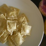 Ravioli al kamut con rape e patate all