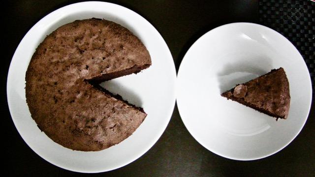 Torta di albumi al cacao