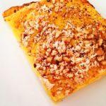 Lasagnetta di zucca, salmone e crumble di anacardi salati e cioccolato